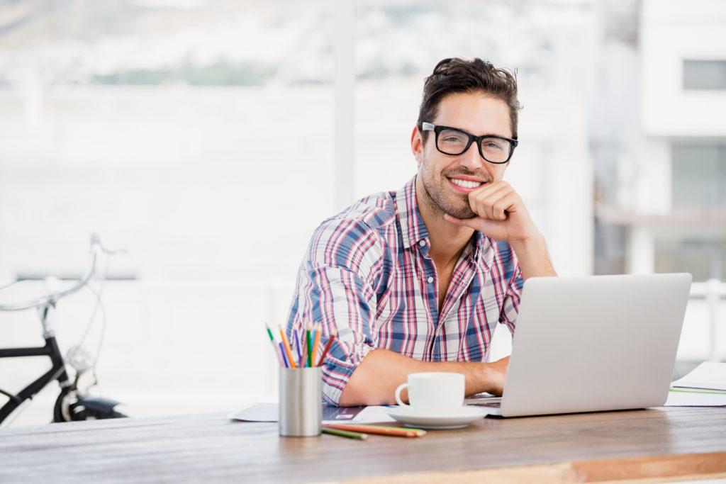 Hosting hizmetini alacağınız firma; teknolojik donanımını güncel tutabilen, teknik destek ekibi hızla ve kapsamlı cevaplarla dönüş yapabilen bir firma olmalı.